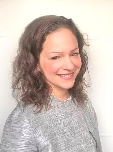 Photo of Dr Sara Trompeter